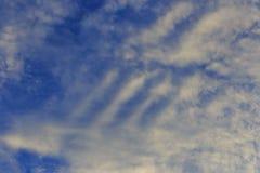 Nuvem branca e escura Imagens de Stock Royalty Free
