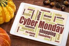 Nuvem da palavra de segunda-feira do Cyber na tabuleta Imagens de Stock Royalty Free