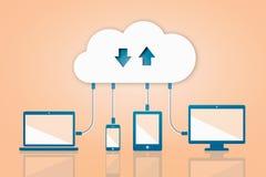 Nuvem da transferência da transferência de arquivo pela rede que computa a ilustração lisa do vetor Imagens de Stock