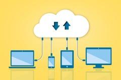 Nuvem da transferência da transferência de arquivo pela rede que computa a ilustração lisa do vetor Foto de Stock Royalty Free