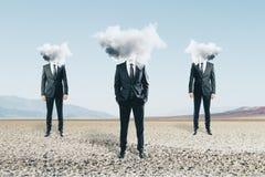 A nuvem dirigiu homens fotos de stock