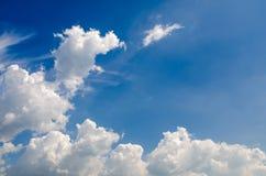 Nuvem e bluesky Imagens de Stock Royalty Free