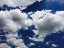 Nuvem e céu Imagens de Stock