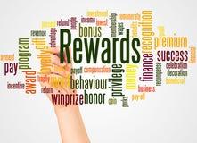 Nuvem e mão da palavra das recompensas com conceito do marcador fotos de stock royalty free
