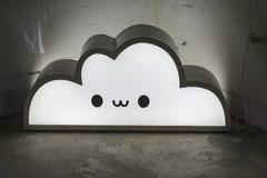 Nuvem eletrônica sob a forma de uma lâmpada imagem de stock royalty free