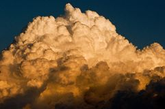 Nuvem grande Fotos de Stock Royalty Free