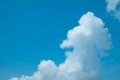 Nuvem macia branca no céu Imagens de Stock Royalty Free