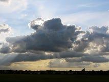 Nuvem nos céus Foto de Stock