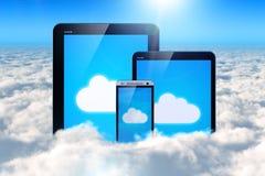 Nuvem que computa em dispositivos móveis ilustração do vetor