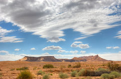 Nuvens acima do deserto Lanscape Foto de Stock Royalty Free