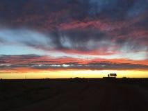 Nuvens ajustadas do sol pedy de Coober Fotos de Stock Royalty Free