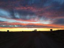 Nuvens ajustadas do sol pedy de Coober Imagens de Stock Royalty Free