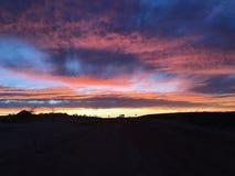 Nuvens ajustadas do sol pedy de Coober Foto de Stock Royalty Free