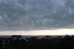 Nuvens antes da chuva Fotos de Stock Royalty Free