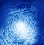 Nuvens bonitas da fantasia foto de stock