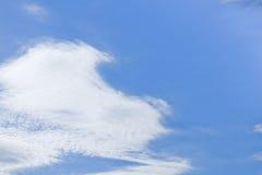 Nuvens brancas Fotos de Stock