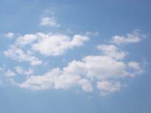 Nuvens brancas Imagens de Stock
