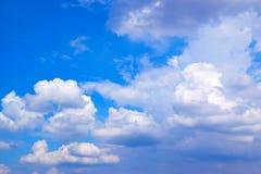 Nuvens brancas com céu azul 171019 0195 Fotografia de Stock