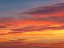 Nuvens com céu do por do sol Imagens de Stock