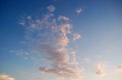 Nuvens cor-de-rosa fotografia de stock