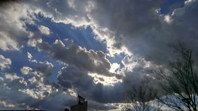 nuvens da Aurora fotografia de stock