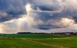 Nuvens da mola Fotografia de Stock