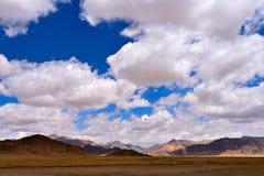 Nuvens da neve de China Tibet Imagens de Stock