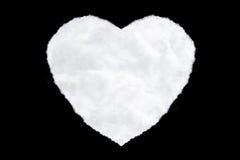 nuvens dadas forma um coração isoladas no preto Fotografia de Stock Royalty Free