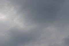 Nuvens de chuva cinzentas Imagem de Stock Royalty Free