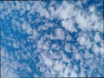 Nuvens de cirro do cirrocumulus do céu Foto de Stock