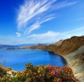 Nuvens de cirro sobre o Mar Negro fotografia de stock
