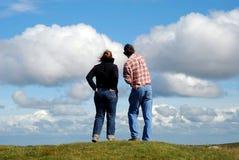 Nuvens de observação Imagem de Stock Royalty Free