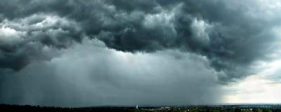 Nuvens de tempestade azuis Fotografia de Stock
