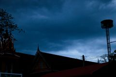 Nuvens de tempestade cinzentas e pretas fotos de stock royalty free