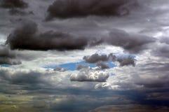 Nuvens de tempestade do verão imagens de stock royalty free
