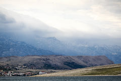 Nuvens de tempestade sobre o mar foto de stock royalty free