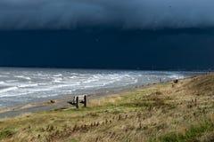 Nuvens de tempestade sobre o Wirral Fotos de Stock Royalty Free