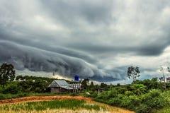 Nuvens do Arcus fotografia de stock