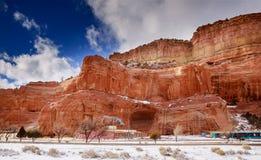 Nuvens do deserto e das montanhas sobre o deserto do sudoeste dos EUA New mexico imagens de stock