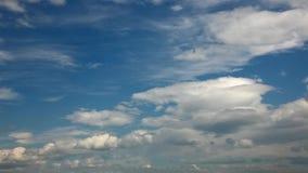 Nuvens do lapso de tempo vídeos de arquivo