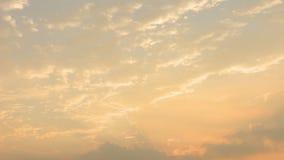 Nuvens do nascer do sol da manhã vídeos de arquivo