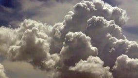 Nuvens do verão video estoque