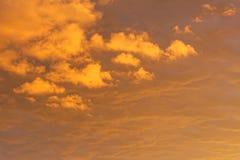 Nuvens douradas Foto de Stock Royalty Free