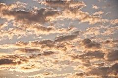 Nuvens dramáticas macias imagem de stock