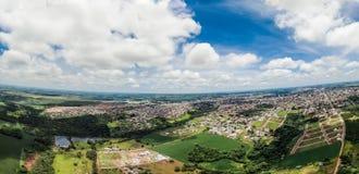 Nuvens e azul Imagens de Stock Royalty Free