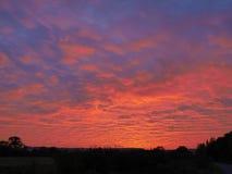 Nuvens e céu antes do por do sol foto de stock