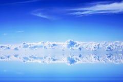 Nuvens e céu azul Imagens de Stock