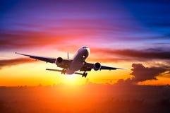 Nuvens e céu como a janela completamente vista de um avião Imagens de Stock Royalty Free