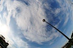 Nuvens e céu largo imagem de stock royalty free