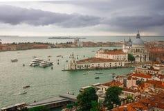 Nuvens e Grand Canal em Veneza Foto de Stock Royalty Free